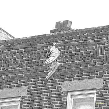 Shoefiti 3109ch by Brian Gryphon