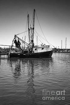 Shrimp Boat by Ron Sadlier