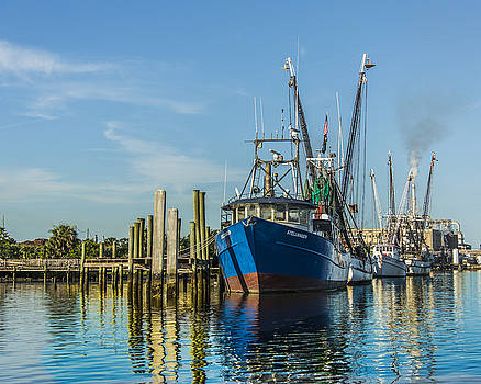 Paula Porterfield-Izzo - Shrimp Boats Waiting
