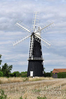 Sibsey Trader Windmill by Steev Stamford