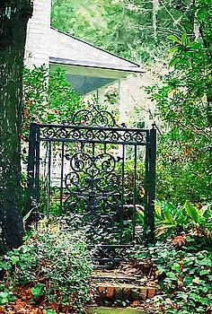 DONNA BENTLEY - Side Gate