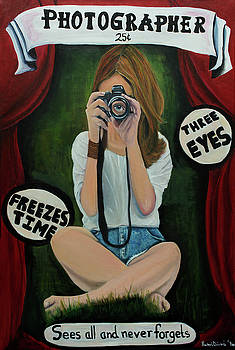 Sideshow Photographer by Rachel Brisbois