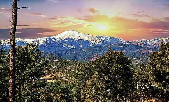 Sierra Blance by Tony Lopez