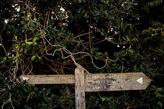 Signpost by Gavin Bates