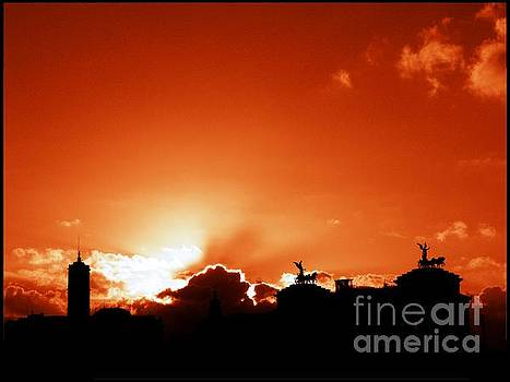 Silhouette of Rome against a sunset sky by Stefano Senise