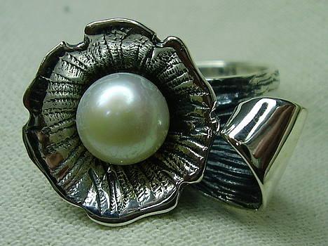 Silver Ring-pearl by Jonatan Kor