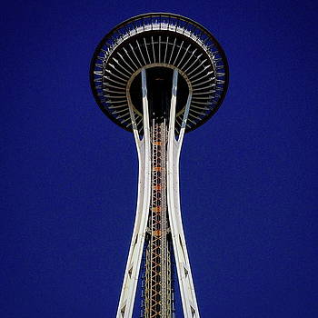 Simply Space Needle by Richard Hinds
