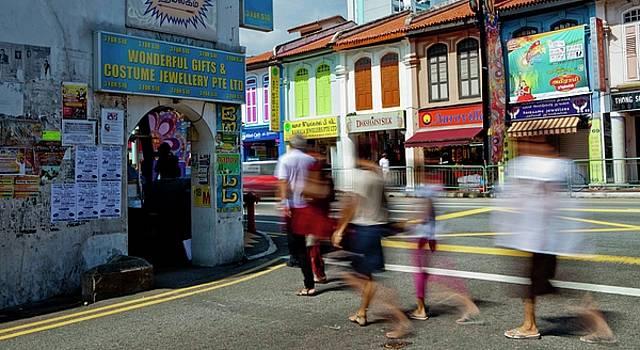 Singapore Bustle by Martin Bennie