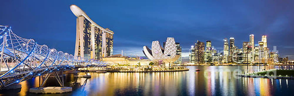 Singapore Skyline by Justin Foulkes