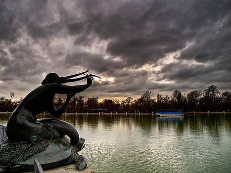 Sirena sobre tortuga by Felix M Cobos