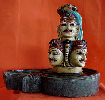Siva lingam five face by Vijay gaur