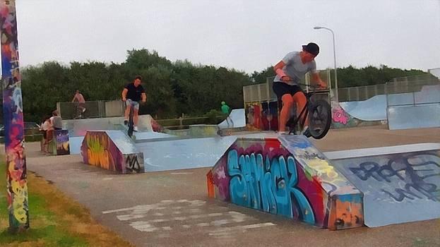 Skate park fun by Marco De Mooy