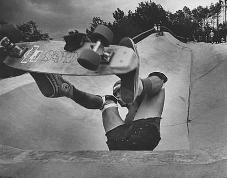 Skateboarder 2 by Jim Wright
