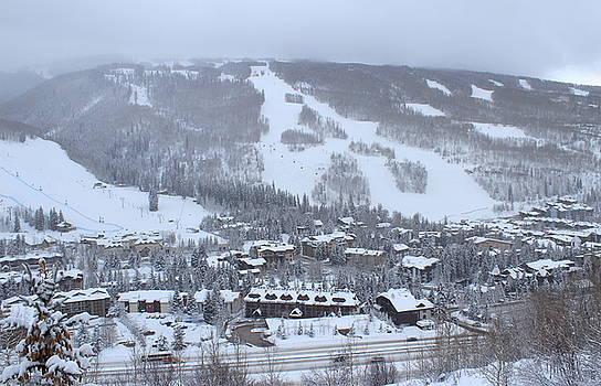 Ski Vail by Fiona Kennard
