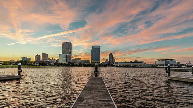 Skyline Sunset by Randy Scherkenbach