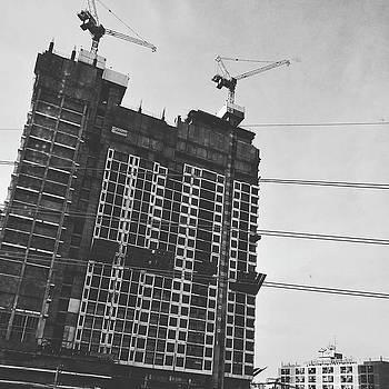Skyscraper Under Construction by Sirikorn Techatraibhop