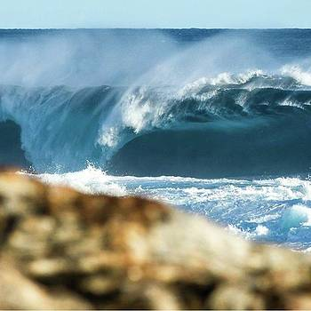 #slab #westernaustralia #surf #wave by Mik Rowlands