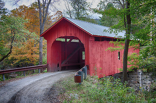 Slaughterhouse road Road passes through by Jeff Folger