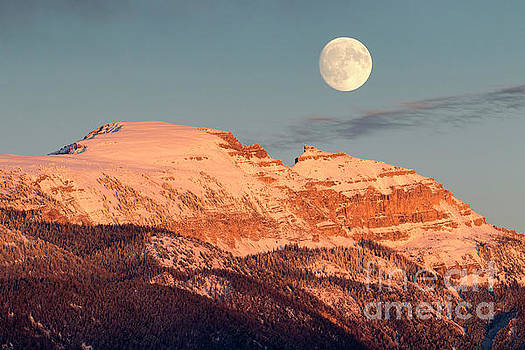 Sleeping Indian Moonrise by Aaron Whittemore