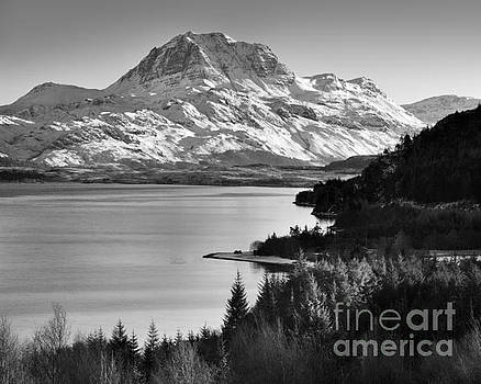 Slioch from Loch Maree, Highland, Scotland by Justin Foulkes
