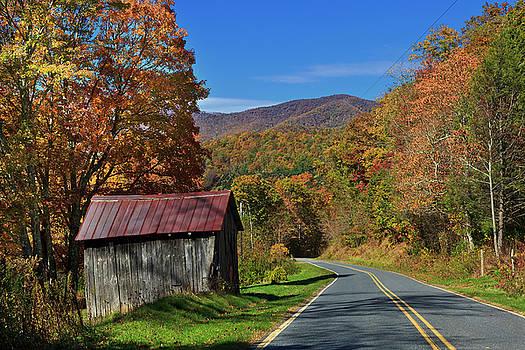 Jill Lang - Small Barn by the Road