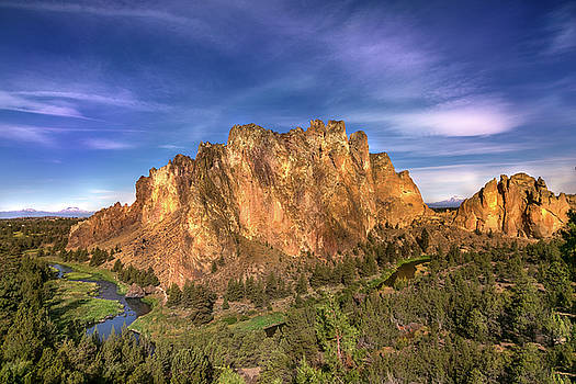 Smith Rock State Park by Karmen Chow
