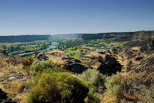 Snake River Canyon by Brendon Bradley