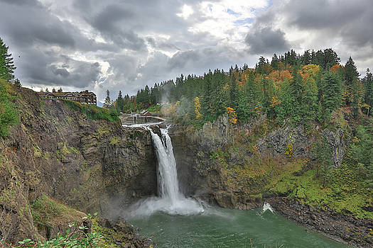 Snoqualmie Falls Washington by Sam Amato
