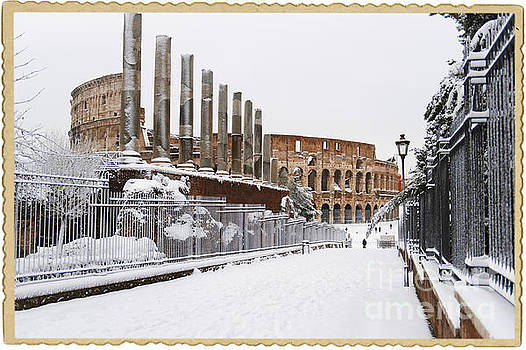 Snow at the Colosseum by Stefano Senise