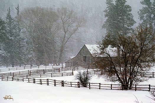 Snow covered Cuchera Barn Colorado by Stephen Fanning