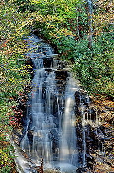 Simply Photos - Soco Falls in Fall
