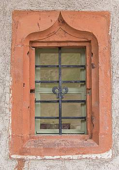 Teresa Mucha - Soldatenbau Window