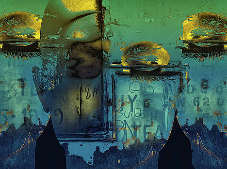 Some golden eyes by Gabi Hampe