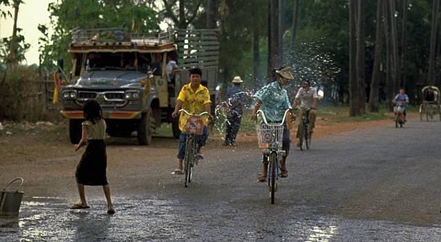 Songkran in Vientiane, Laos by Travel Pics