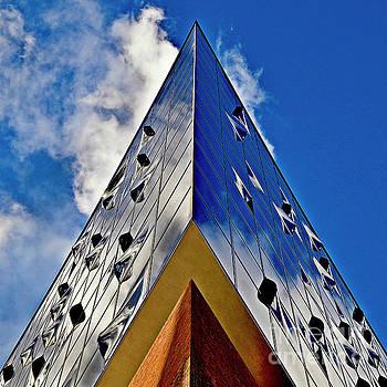 SOUND touches the Sky by Silva Wischeropp