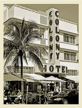 South Beach Art Deco Hotel by Jaymes Williams