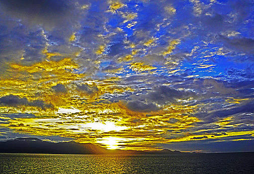 Dennis Cox WorldViews - South Seas Sunrise
