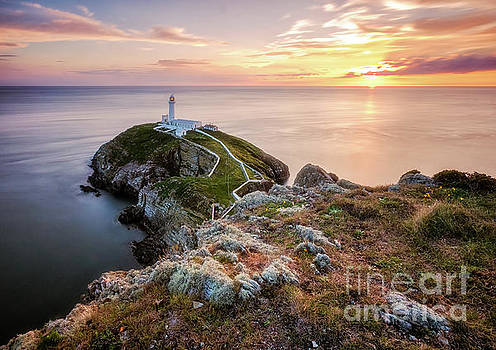 Mariusz Talarek - South Stack during sunset