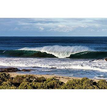 #southbeach #bigswell #beach #surf by Mik Rowlands