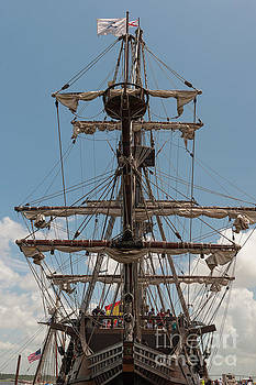 Dale Powell - Spanish Galleon Replica