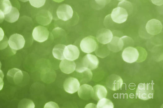Sparkly Greenery Pantone bokeh by PLdesign