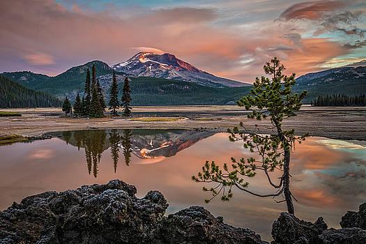 Sparks Lake Sunrise by Greg Vaughn