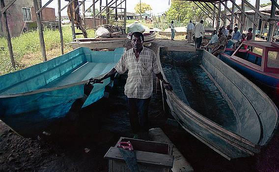 Muyiwa OSIFUYE - Speed Boat Making
