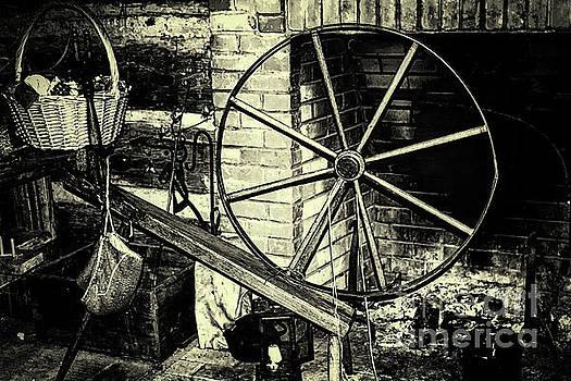 Spinning Wheel by JB Thomas