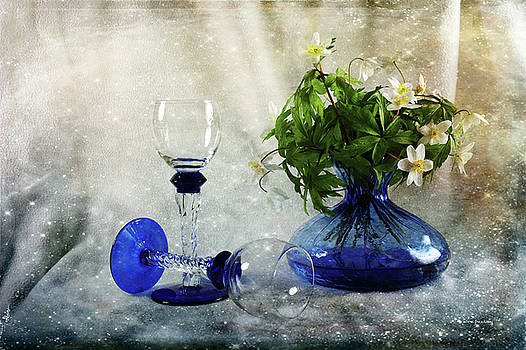 Spring Joy by Randi Grace Nilsberg