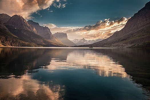 St Mary Lake sunset by William Lee
