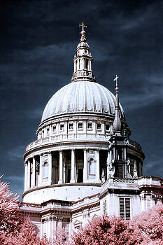 St. Paul's Cathedral's dome, London by Helga Novelli