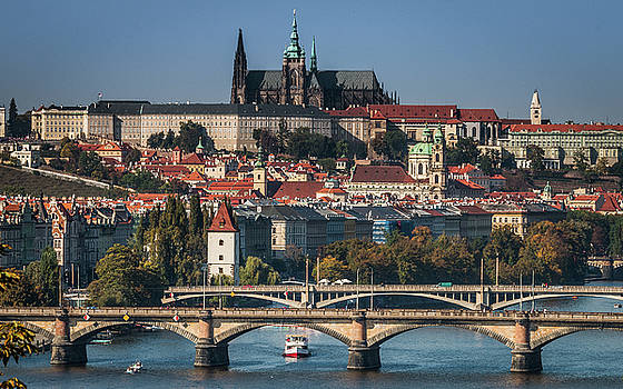 St. Vitus Cathedral and bridges by Fabio Gomes Freitas