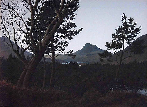 Stac Polly Twilight by Rodger Insh