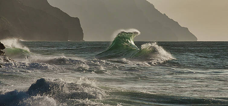 Stack Wave by Roger Mullenhour